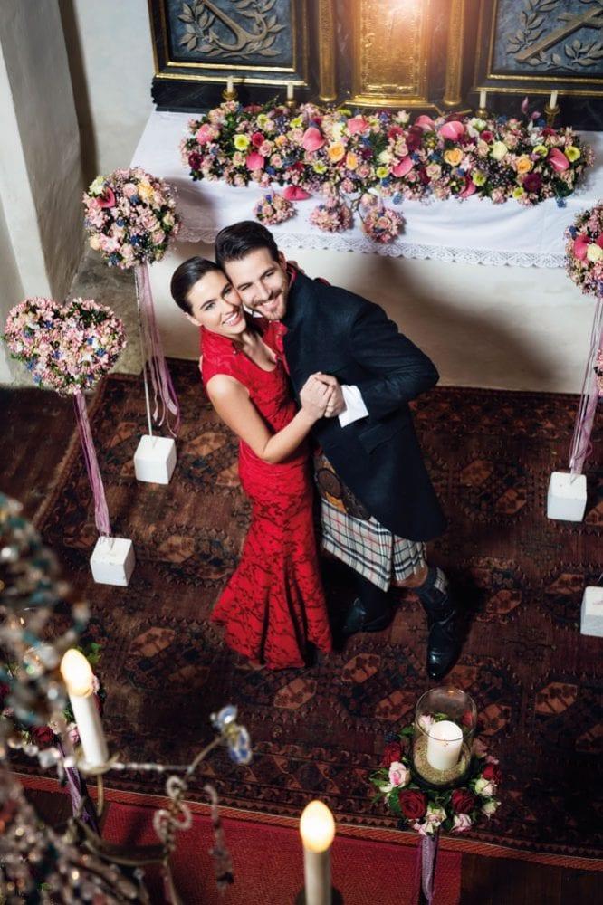 Hochzeit in Brokat und Seide 1