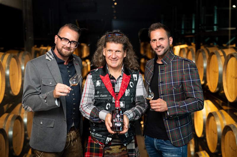 zirbenwhisky-rettl-thomas_Peter_Affenzeller-harry-albel-foto_LUDWIG_PULLIRSCH