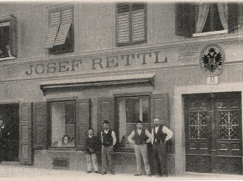 Geschichte Joseph Rettl vor Geschaeft